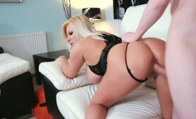 Private-com - Hot Older Lady Michelle Thorne Gets Ass Fucked