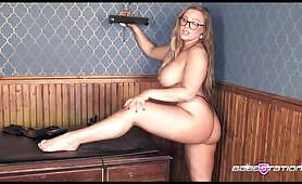 Blonde Beth Bennet in tiny thong on Babestation